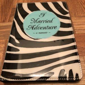 Kate Spade mini iPad cover, fits 1/2/3. Very cool!